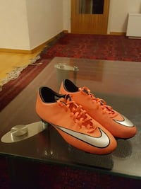 orange and grey nike cleats Haninge, 136 49