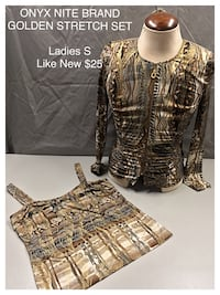 Women's brown floral long-sleeved shirt and brown square-neck sleeveless shirt
