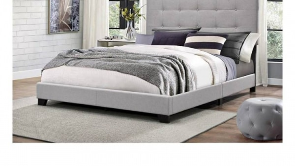 Complete Queen Bed Low Profile On Tufted King