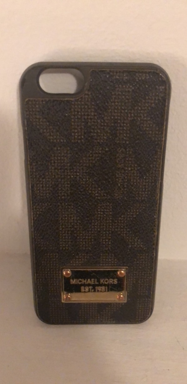 09f25425588939 Used michael kors iphone case for sale in Rockaway - letgo