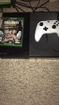 xbox one with  brand new controller and ww2 Sycamore, 60178