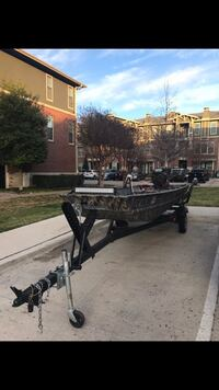 Duck boat with trailer and light bar Fort Worth, 76110