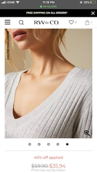 White RW&CO V-neck ribbed sweater top