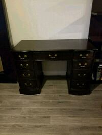 Desk/Vanity Woodbridge, 22191