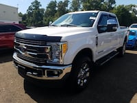2017 Ford Super Duty F-250 SRW Lariat 4WD Crew Cab 8' Box Scarborough, M1B2W3