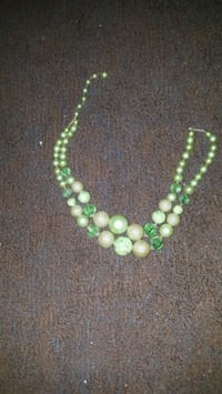 green and white beaded necklace Palm Springs, 92264