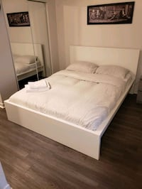 Bed Frame Montreal, H3H 2M3