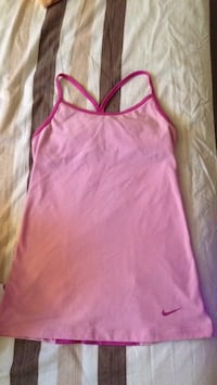 Nike athletic top S Mississauga, L5G 1S2
