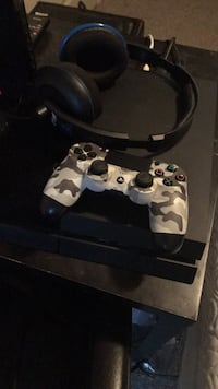 white and black camouflage Sony PS4 game controller Kelowna, V1W 5C7