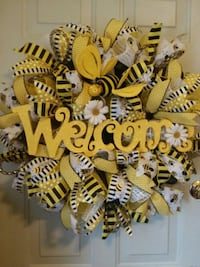 Welcome Bee Wreath Reading, 19602