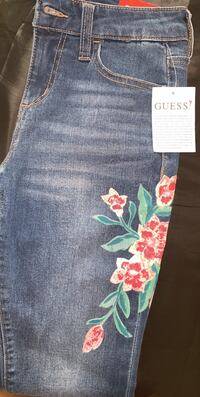 Brand new guess jeans