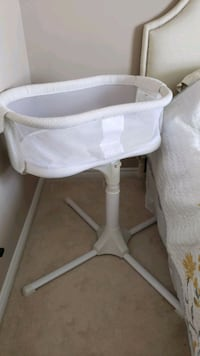 HALO BASSINET  Guelph, N1G 5H2
