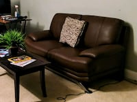 Small Leather couch Montgomery County, 20882