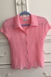 Pink crepe top size 6 french label  Herndon, 20171