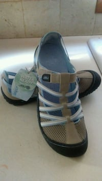 New JBU womens water resistant shoes negotiable