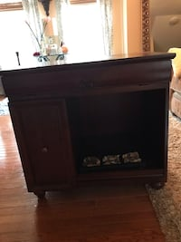 Side/end table  Upper Marlboro, 20774