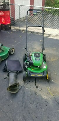 Js20 john Deere self propelled lawn mower Columbus, 43211