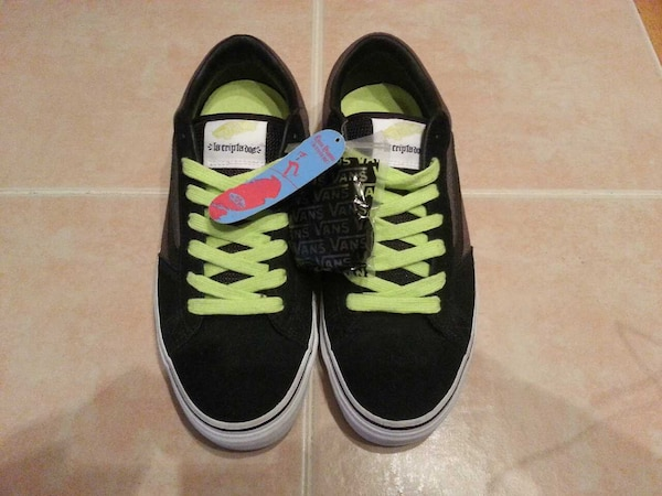 a9f9fc3784 Used NEW VANS OFF THE WALL Omar Hassan size 10 shoes for sale in New ...