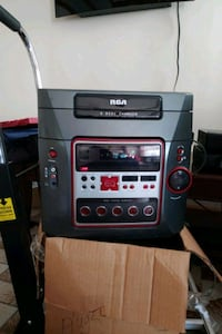 Rca 5 disc changer with speakers Terrytown, 70056