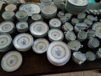 150+ pieces of rice pattern china Berryville, 22611