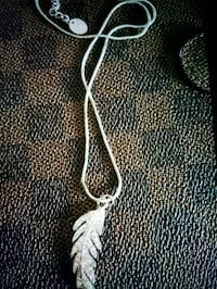sterling silver feather necklace Whitby, L1N 8X2