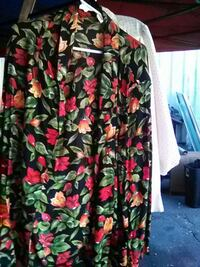 women's black , green and pink floral blouse National City, 91950