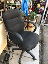 On-Demand Soothing Stress-Relieving Electric MASSAGING EXECUTIVE OFFICE CHAIR!  Only $50/firm  Redlands, 92374