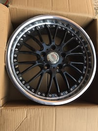 3 rims 17.7 bolt pattern 5x114.3 2 rims in the box and 1 rim on tire Brampton, L6R 3M6