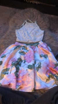 speechless, two piece spring dress sizing 3 Hamilton, L9A 1J6