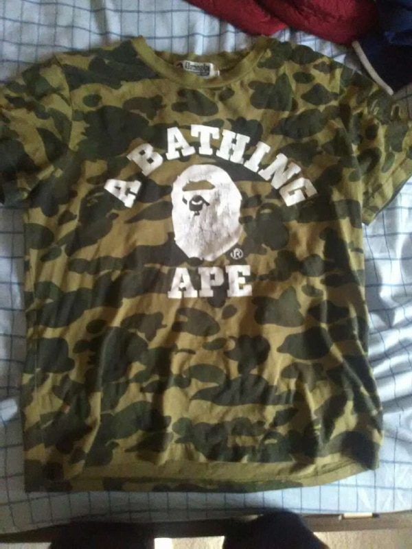 aa544bdc Used brown and green camouflage A Bathing ape crew neck t-shirt for sale in  Rowlett - letgo