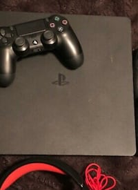 Used play station 4