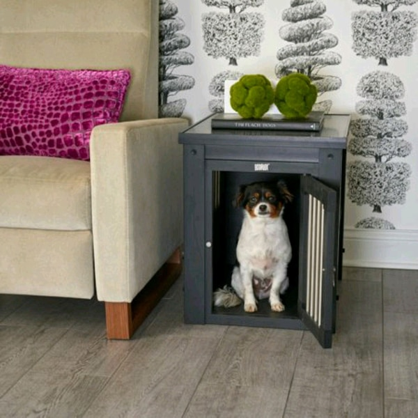 Wooden pet crate / End Table