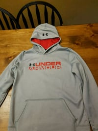 Youth size large under armour hoody  Barrie, L4M 2A7