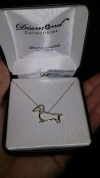 genuine Diamond 10k pendant  Takoma Park