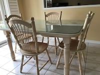 Solid wood table with 6 chairs and extension  Pickering, L1V 6W1