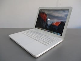 "Apple MacBook 13.3"" - White"