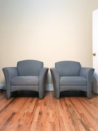 2 Blue/Green Lounge Chairs New York, 11225