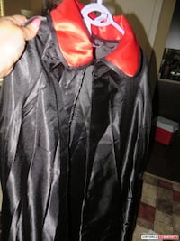 Black suit and vampire cape brand new Coquitlam, V3J 2H6
