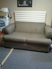 loveseat couch Lakewood, 44107