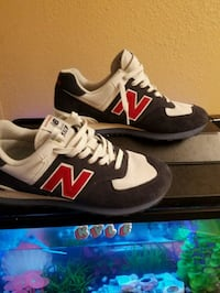 New Balance 574 sneakers St. Louis, 63146