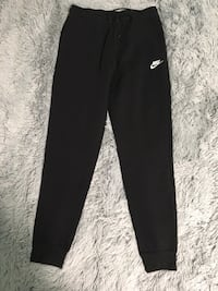 Nike Women's Essential Fleece Joggers Toronto, M1R 4V5