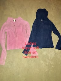 Ladies teen sweaters  Calgary, T3M