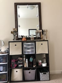 8 bin organizing stand with LED light mirror Ashburn