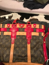 Luis Vuitton bag  Mississauga, L5K 2S6