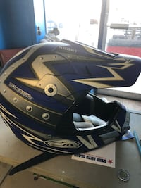 Dirt bike helmet (trade)