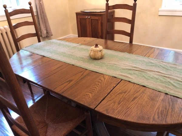 Outstanding Oak Dining Table With 3 Leaves And 4 Chairs Creativecarmelina Interior Chair Design Creativecarmelinacom