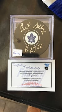 Toronto Maple Leaf puck Brantford, N3R 8B1