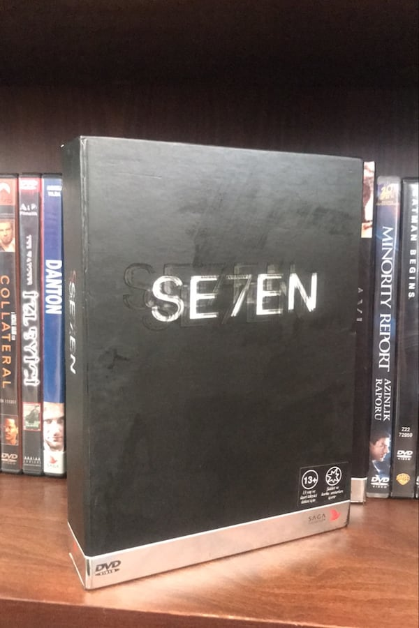 Se7en Film Box Set 48e25afb-2ac4-4ef2-86d0-f3ffb5510c34