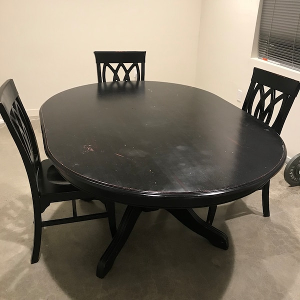 Round Chairs For Sale: Used Pier 1 Round Black Wooden Table With 6 Chairs Dining