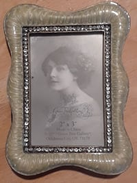 Vintage Style Picture Frames with Cross Lakewood, 98499